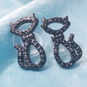 Kate Spade Jazz Things Up Black Cat Earrings